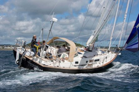 A carbon fibre mast on a cruising yacht